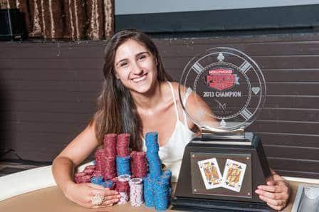 Начало покерной карьеры Анны Мартинез.